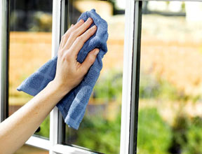 Tips for Cleaning Your Window & Patio Door Glass