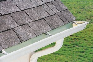 The Differences Between Gutter Repair and Replacement