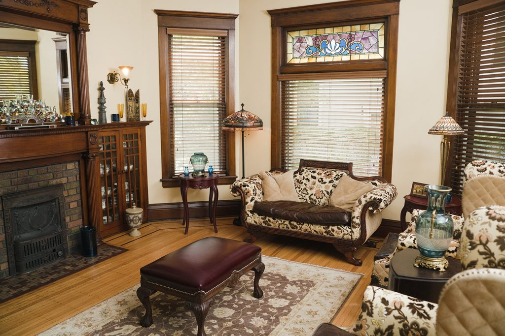 Decorative Glass Windows Offer Increased Privacy
